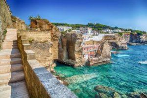 Rilassati nel Salento, scegli Santa Cesarea Terme